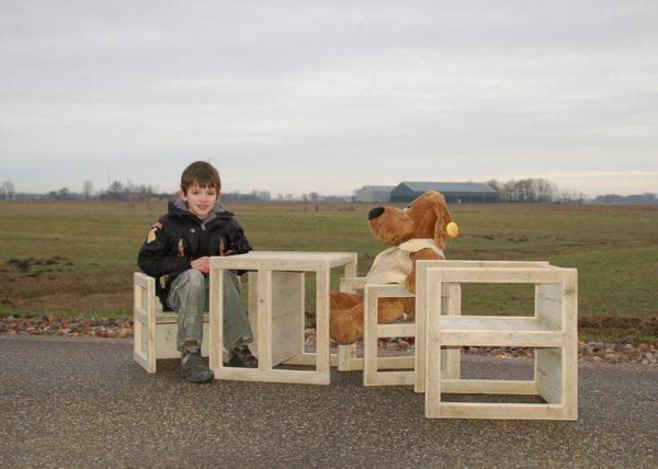 Bauholz Kinderstuhltisch Quekböme