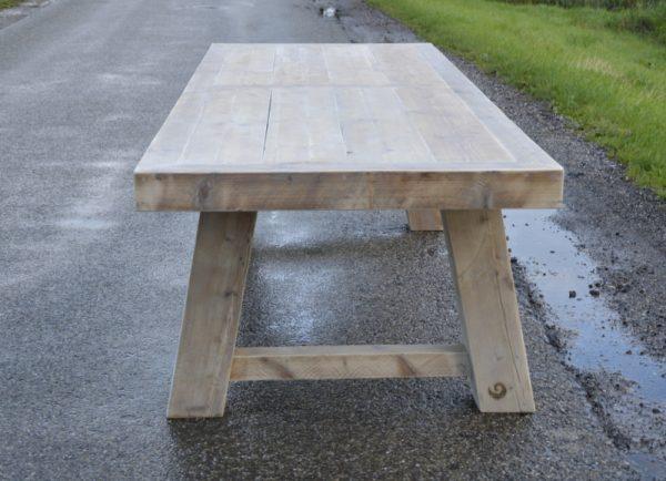 Tisch Moorweide4