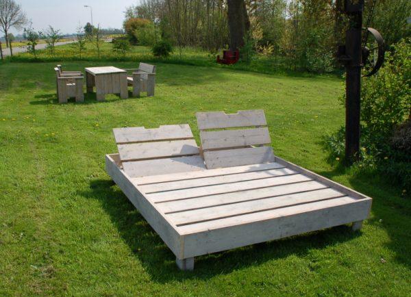 Lounge - Liege Sandstich2