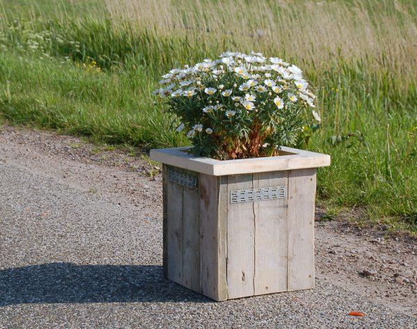 Blumenkübel Iller